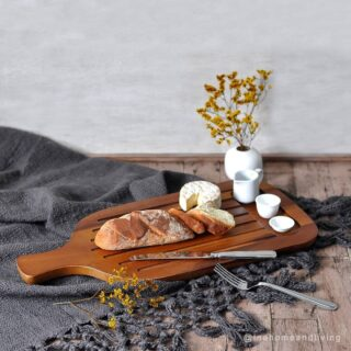 Meja makan semakin estetik dengan #woodenaccessories dari #inahomeandliving 🥰 🌏 Klik link di Bio atau ketuk DM untuk detail Berbagi inspirasi biar kamu makin #betahdirumah #homedecor #homeaccessories #homeliving #aksesoris #aksesoriskayu #woodentray #woodencoaster #woodenspoon